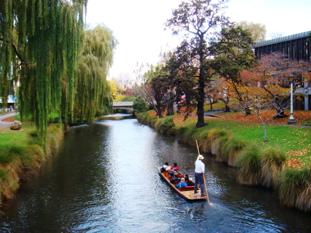 Avon_River,_Christchurch,_New_Zealand